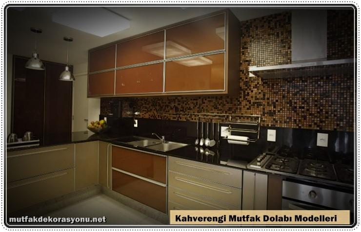 Kahverengi Mutfak Dolap Dekoru